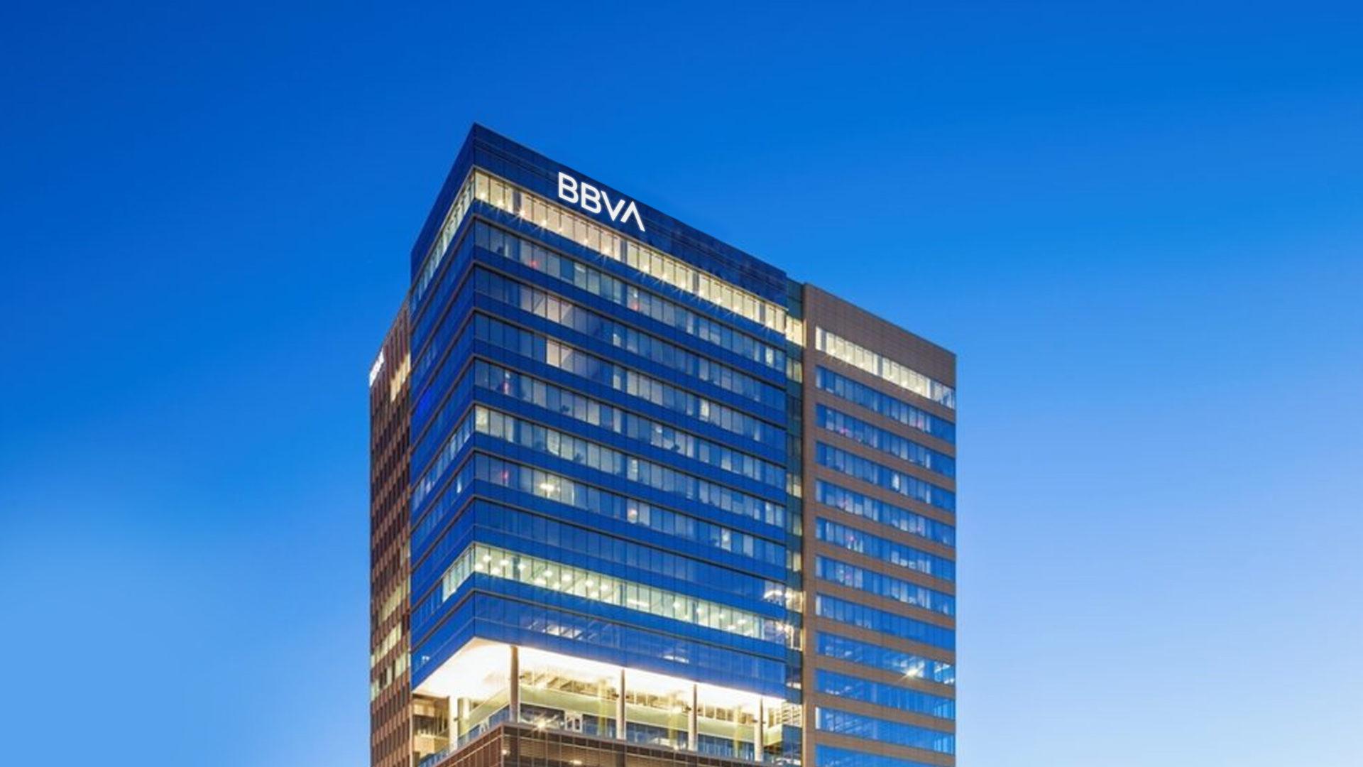 BBVAUSA-Houston-Tower-Nightview-1-1920x1080